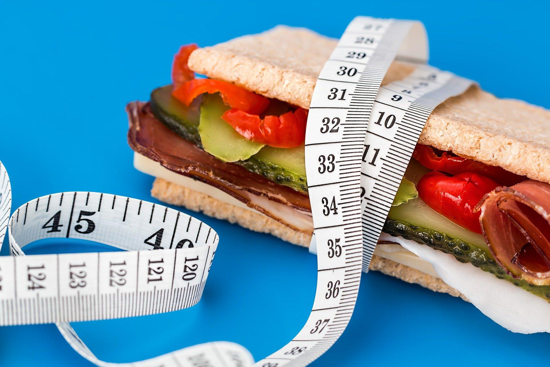 jídlo a metr